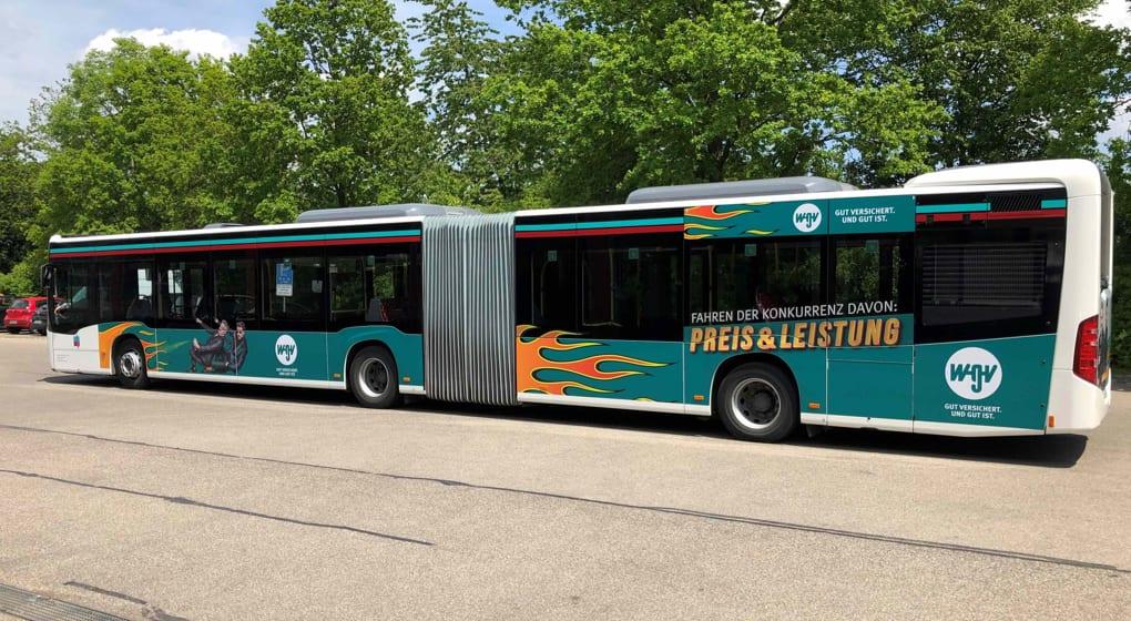KWS-Buswerbung Ganzgestaltung Gelenkbus WGV Versicherung Rems Murr Teaser