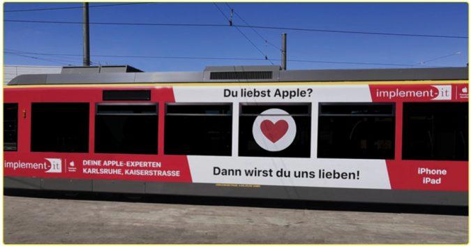 KWS Bahnwerbung Straßenbahn Karlsruhe Implement-IT Verkehrswerbung Außenwerbung Apple